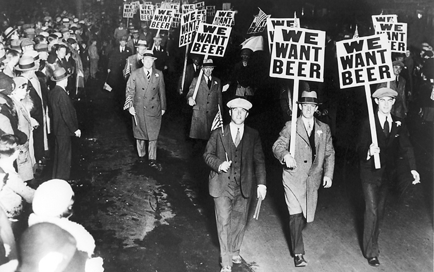 effects of 21st amendment Effects of prohibition weren't what temperance activists promised the negative effects of prohibition were very serious and plague us today.